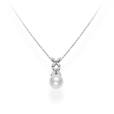 Mikimoto  WHITE SOUTH SEA AND DIAMOND PENDANT