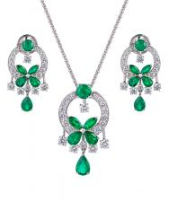 GRAFF CLASSIC BUTTERFLY EMERALD SET