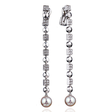 Bvlgari LUCЕA PERL AND DIAMONDS EARRINGS