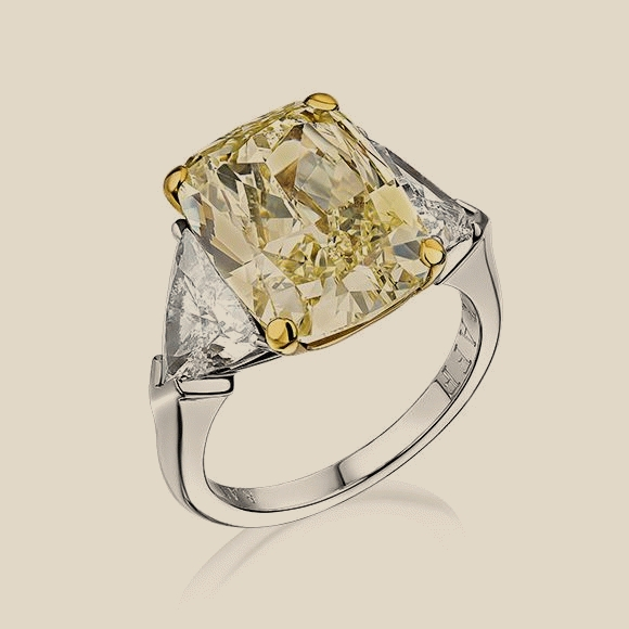 GRAFF - 8.45 CT FANCY YELLOW/VVS2