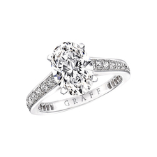GRAFF FLAY OVAL DIAMOND ENGAGEMENT RING